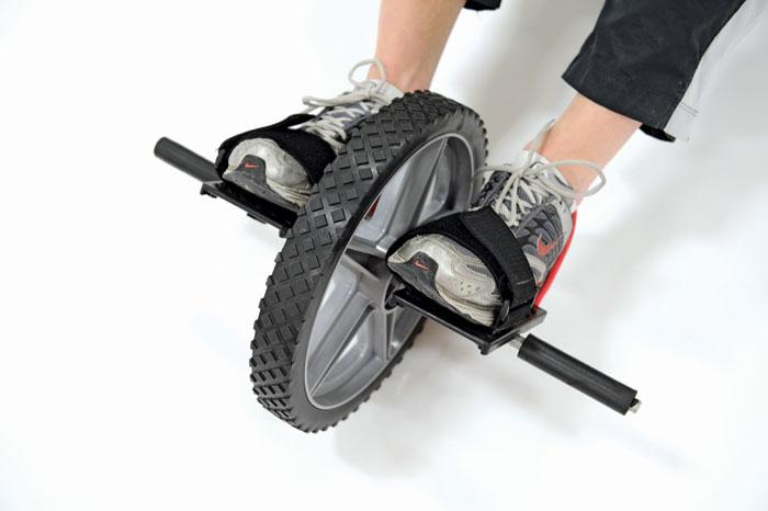 Trening funkcjonalny kołem się toczy – słów kilka o Power Wheel